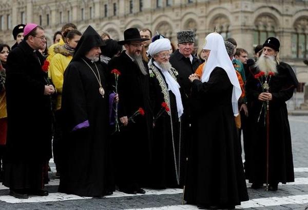http://www.russkoedelo.org/novosti/2013/images/april/Multi-FaithGathering.b.600.jpg